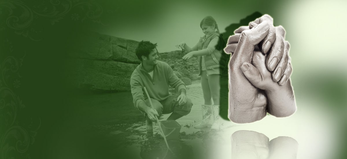 father and daughter 3d hand cast