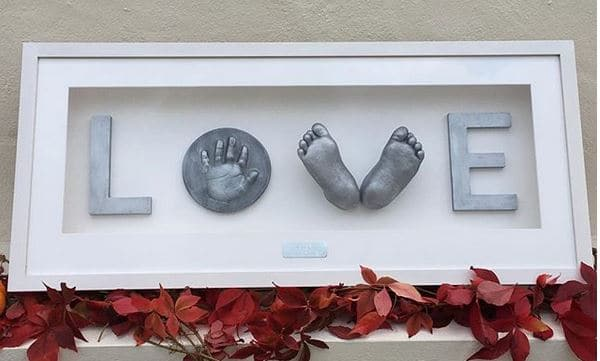 3d baby cast feet with love and 2d tile frame