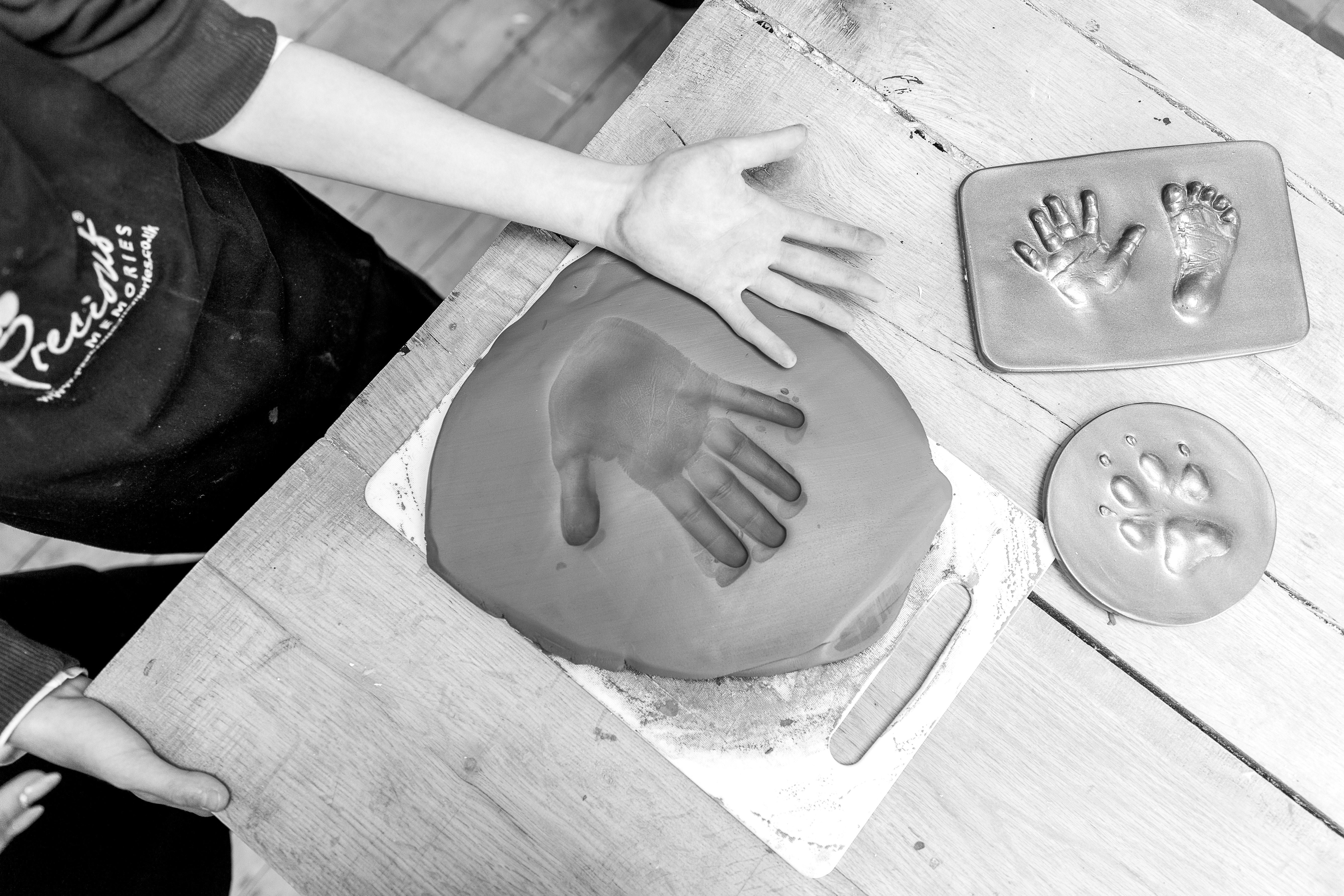 2d hand and foot impression clay tile