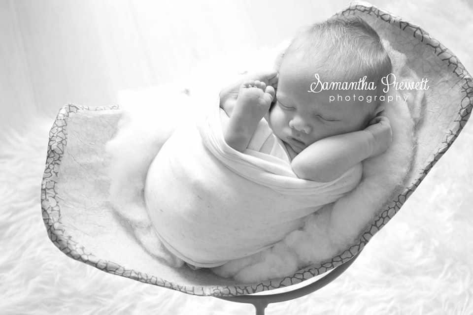 pregnancy precious memories mod roc belly bump bowl in photo shoot with samantha prewett newborn photography poole