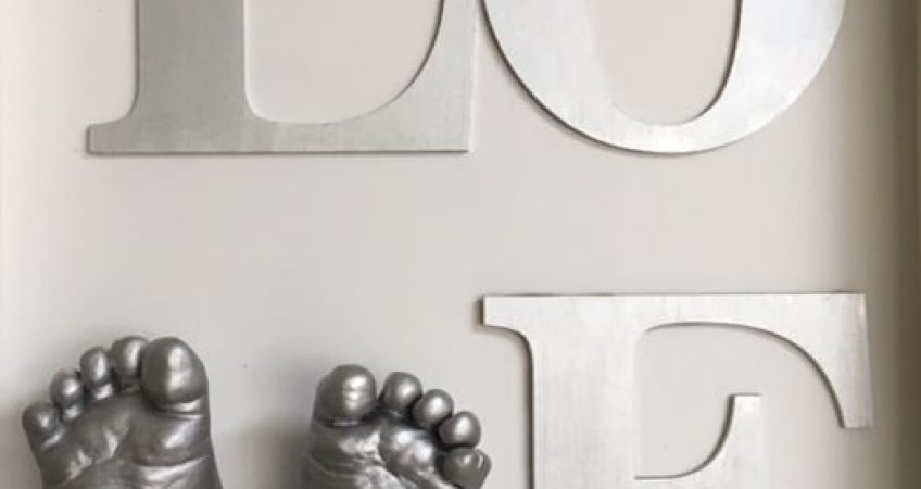3D baby feet casts framed Love Sign