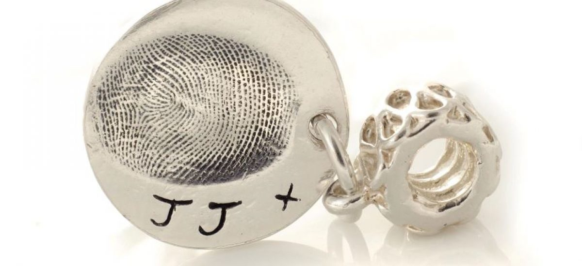 pandora dangle bead with fingerprint charm